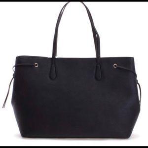kate spade Bags - Kate Spade Black Ari Laurel Way Leather Tote